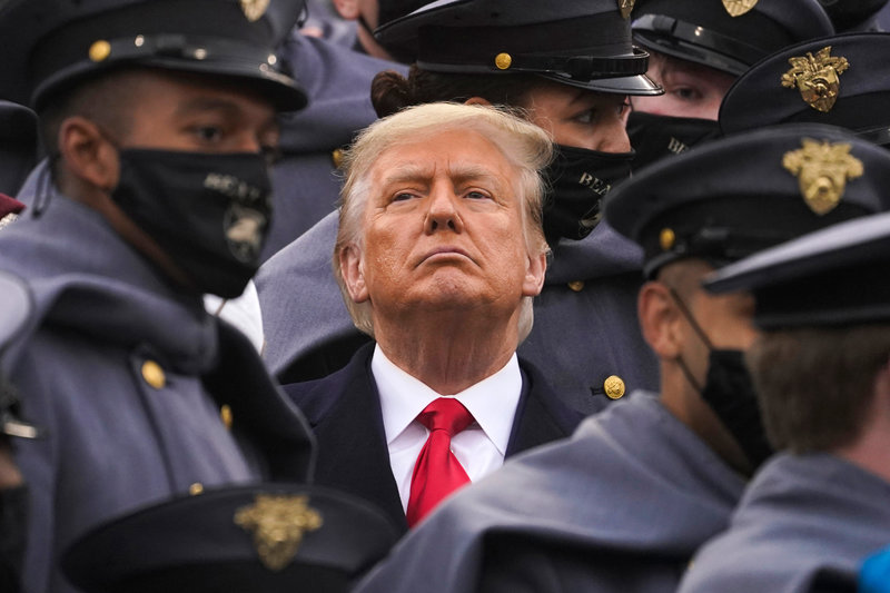 美国:国防官员确认特朗普仍为总司令