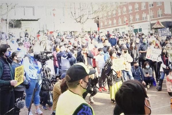 华盛顿州近千人聚会强烈呼吁 STOP HATRED 停止仇恨!