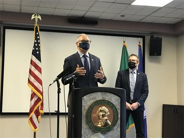 关于社区治安问题华盛顿州州长及市政要与社区领袖见面会